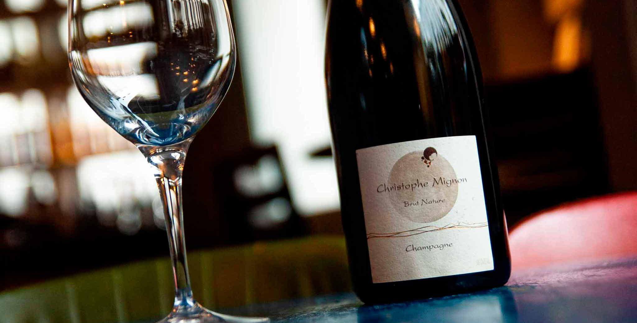 Brut Nature Champagne Pur Meunier N/V, Christophe Mignon. Manfreds økologiske vegetar nytårstakeaway, takeaway til nytår til afhentning på Nørrebro nytårsaften.
